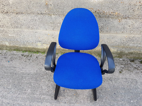 Cantilevered Meeting Room Chair Blue Fabric Metal Base