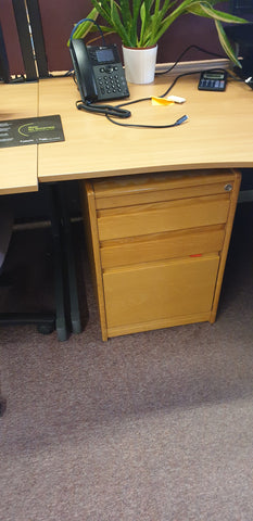Pedestal non mobile 3 drawer Bedford
