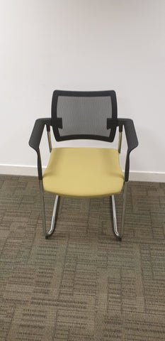 Komac stackable meeting chairs Bedford