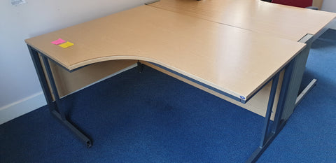 Left hand corner desk perfect for home or office