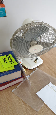 Desktop fan