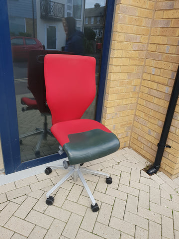Orangebox X10 Task Chair in Red Upholstery with Castors