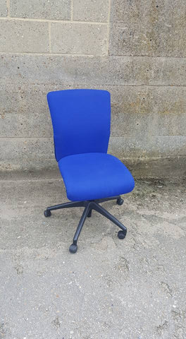 Orangebox Fully Adjustable Go Task Chair in Blue Upholstery with Castors