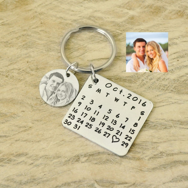 Personalized Image Calendar Keychain - Superlative Trends
