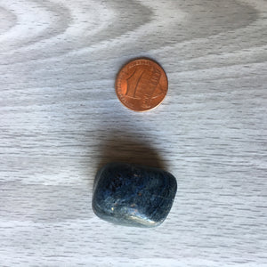 Tumbled Dumortierite