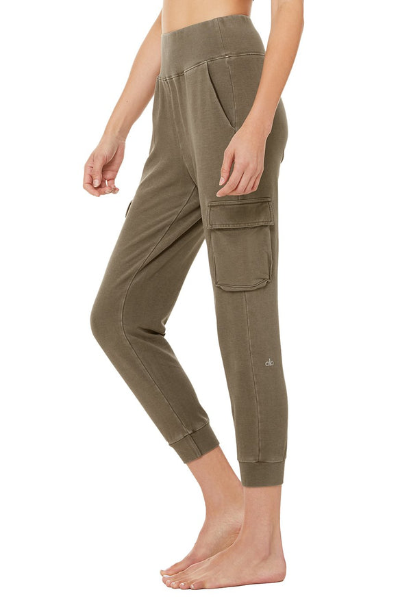 Alo Yoga Washed 7/8 High Waist Cargo Sweatpant - Women's Loungewear - Women's Clothing Store - Women's Accessories - Ladies Boutique - O KOO RAN - Big Bear Lake California