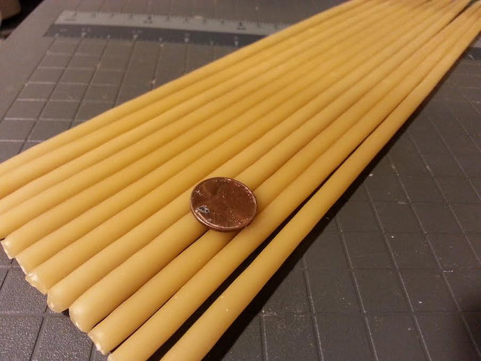 Beeswax taper candles size 1/4