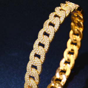 LUXE Pave Link Bangle