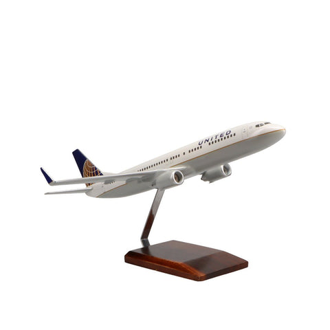 Aircraft Models - Boeing 737-900 United Airlines Limited Edition Large Mahogany Model