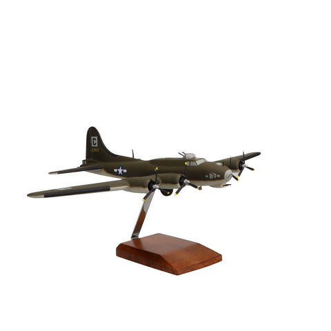 """Aircraft Models - Boeing B-17G Flying Fortress """"Reluctant Dragon"""" Limited Edition Large Mahogany Model"""