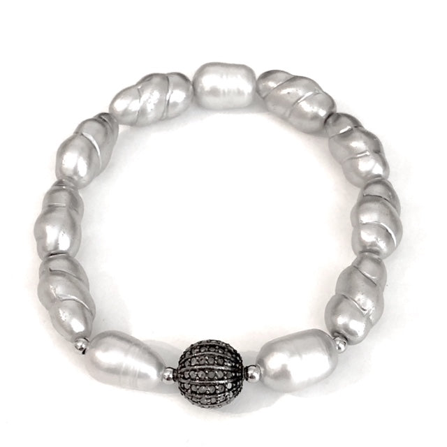 DIAMOND PEARL BRACELET