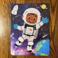 DAMAGED BOX Future Astronaut (10.5in x 14in w/42 pieces)