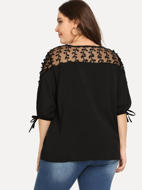 Plus Contrast Self Tie Blouse Black, (0X-5X)