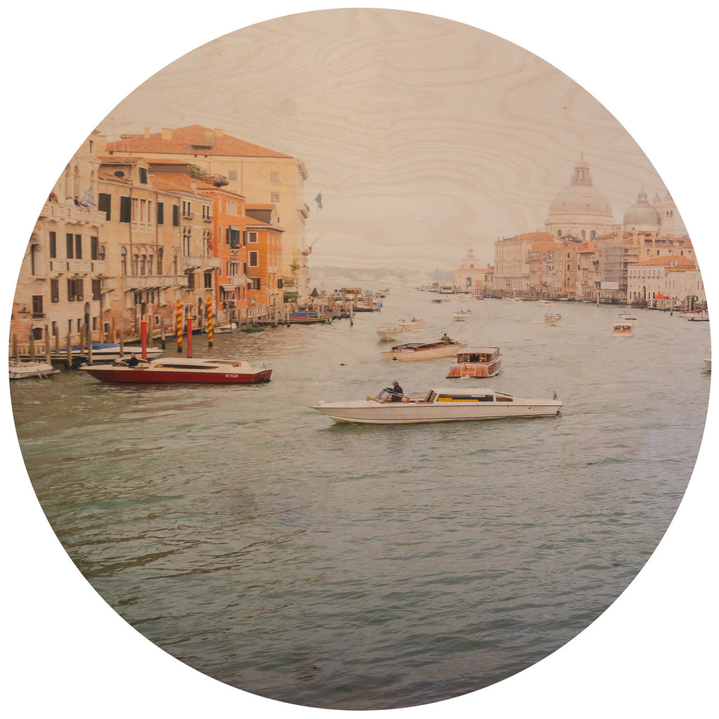 Holiday In Venice - Lustre.art