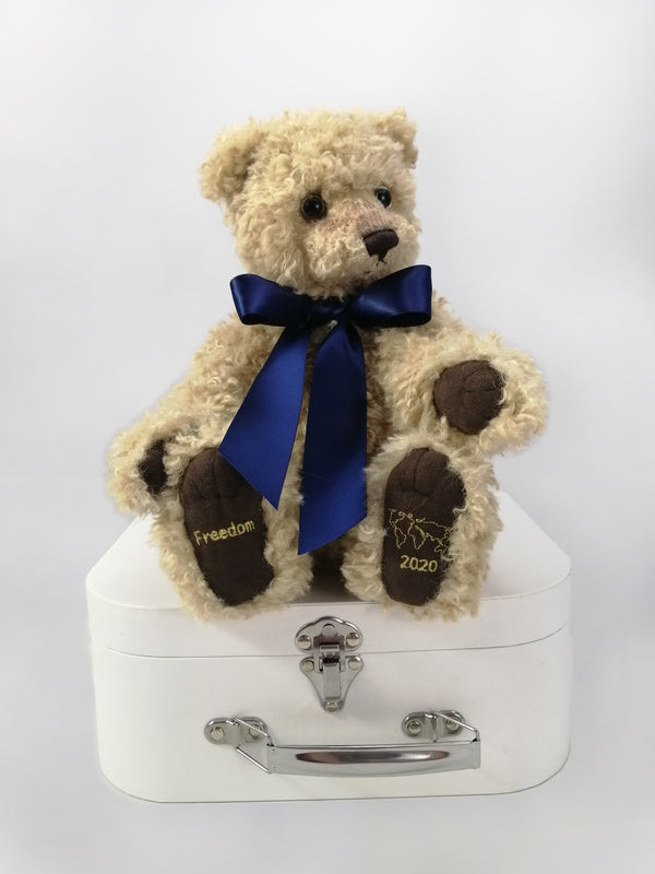 The limited-edition 2020 Freedom Teddy Bear is beautifully designed and crafted and comes in a durable presentation case.