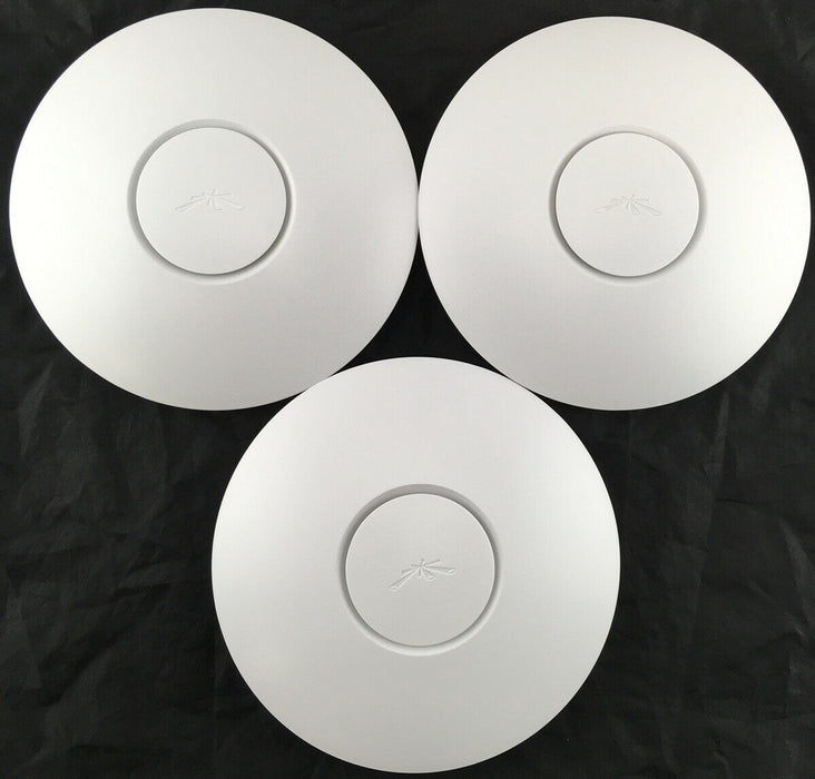 Ubiquiti 3-Pack Wireless AP Kit w/ PoE injectors UniFi Cloud, Roaming WiFi UAP-3