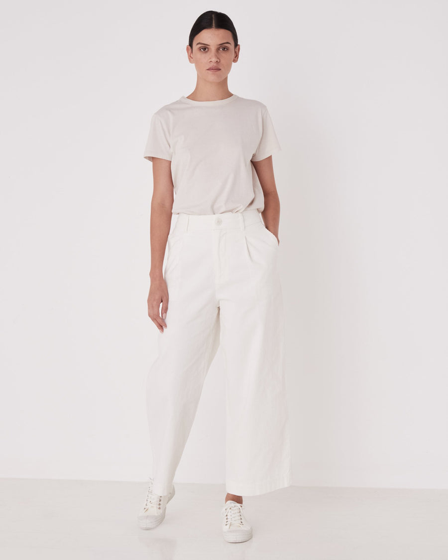 Cord Pleated Pant in Chalk White