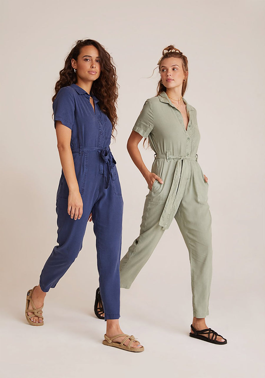 Button front Jumpsuit in Navy