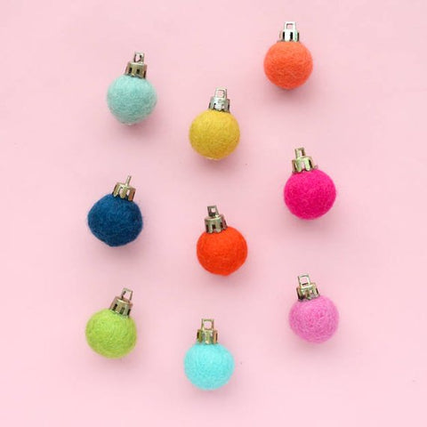 Felt Ball Ornament Magnet Set