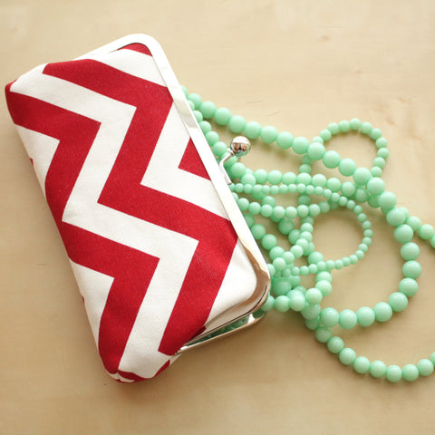 Red Chevron Clutch - Kisslock Frame Clutch in Red and White Chevron Print Canvas Fabric - Kisslock Clutch
