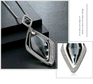 Obsidian Rhombus Luxury Necklace