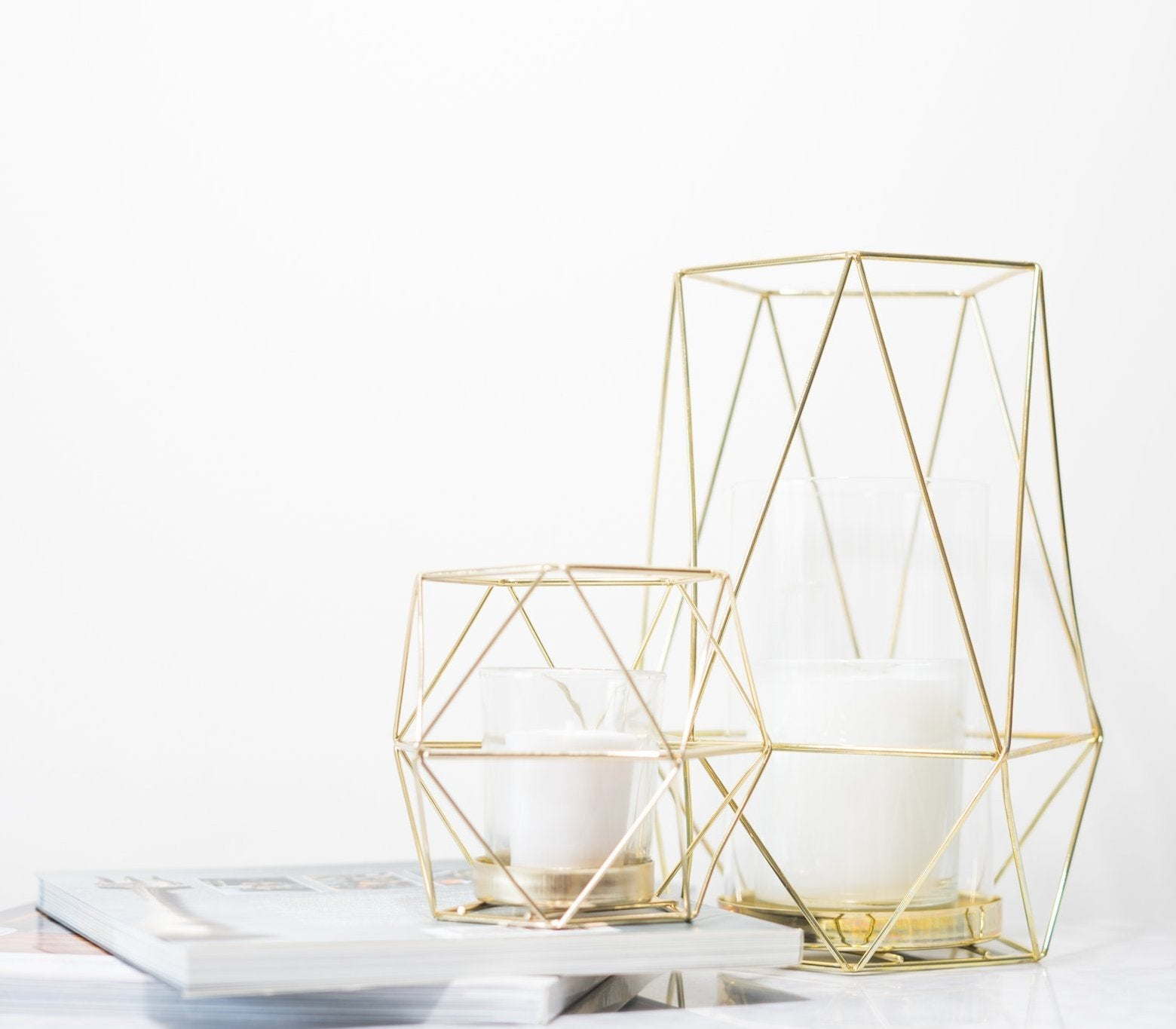 Gold Wire Diamond Shaped Candleholder