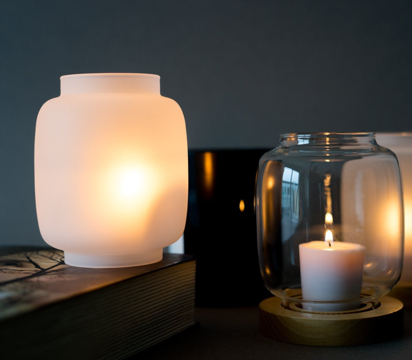 Modern Glass Candle Holder With Wood Base