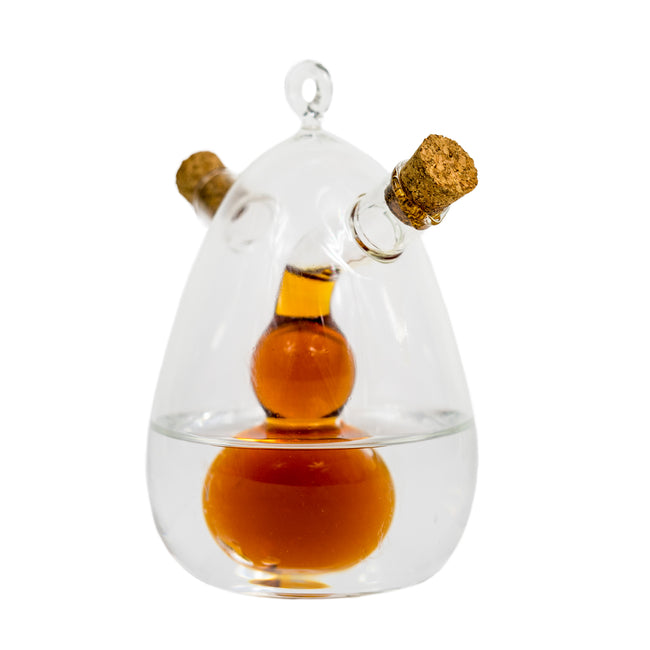 playful and interesting cruet, oil dispenser