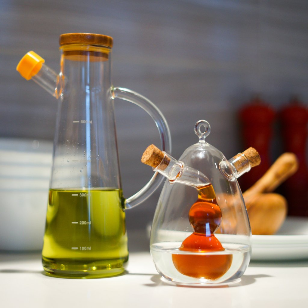 must-have playful and interesting kitchen oil dispenser