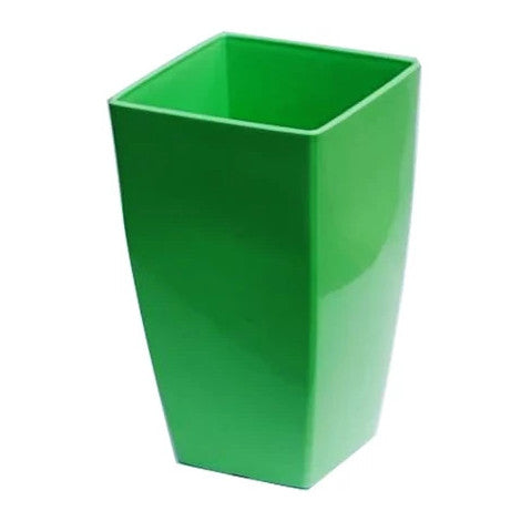 Vertical Planter - Large Green  Height x Breadth x Width 28 x 16 x 16 cm
