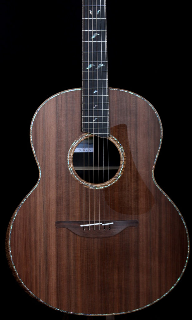 Heartbreaker Guitars-Your Go to George Lowden Dealer