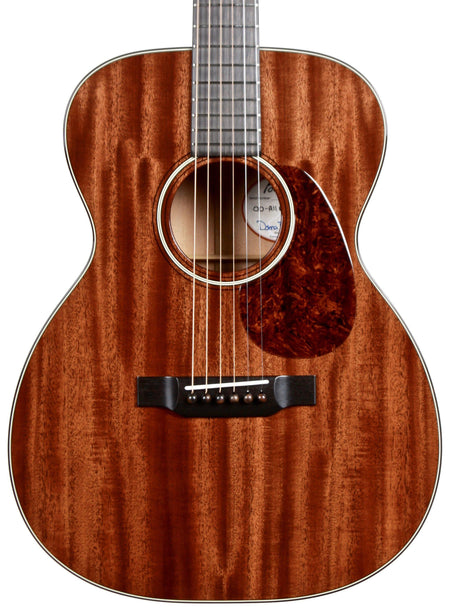 Bourgeois 00 Figured Mahogany Custom - Bourgeois Guitars - Heartbreaker Guitars