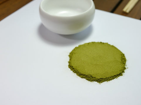 Superior Organic Moringa Tea Powder with Cup - Matcha Alternatives