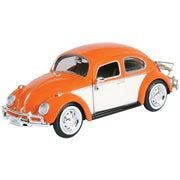 1:24 1966 Volkswagen Classic Beetle with Rear Luggage Rack