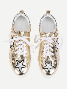 Embroidery Star Trainers With Faux Pearl in Gold - Avenue27