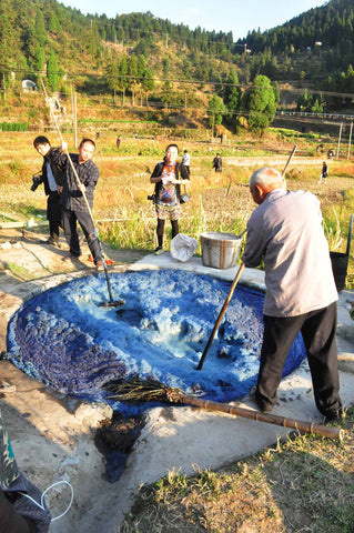 extracting indigo in china