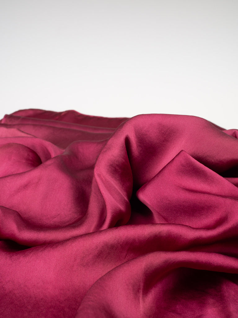 naturally-dyed-silk-with-lac