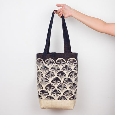 Embroidered Tote - Fan