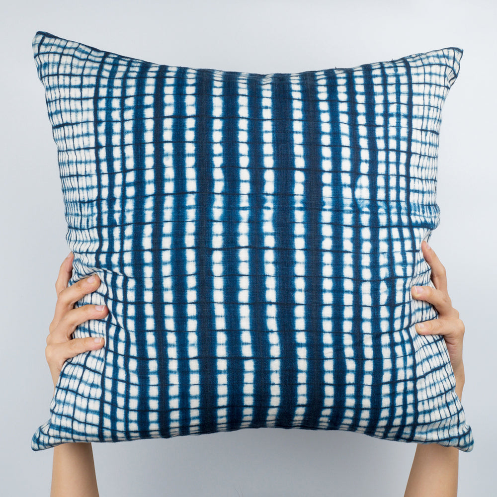 Pixelline Pillow - Slowstitch Studio