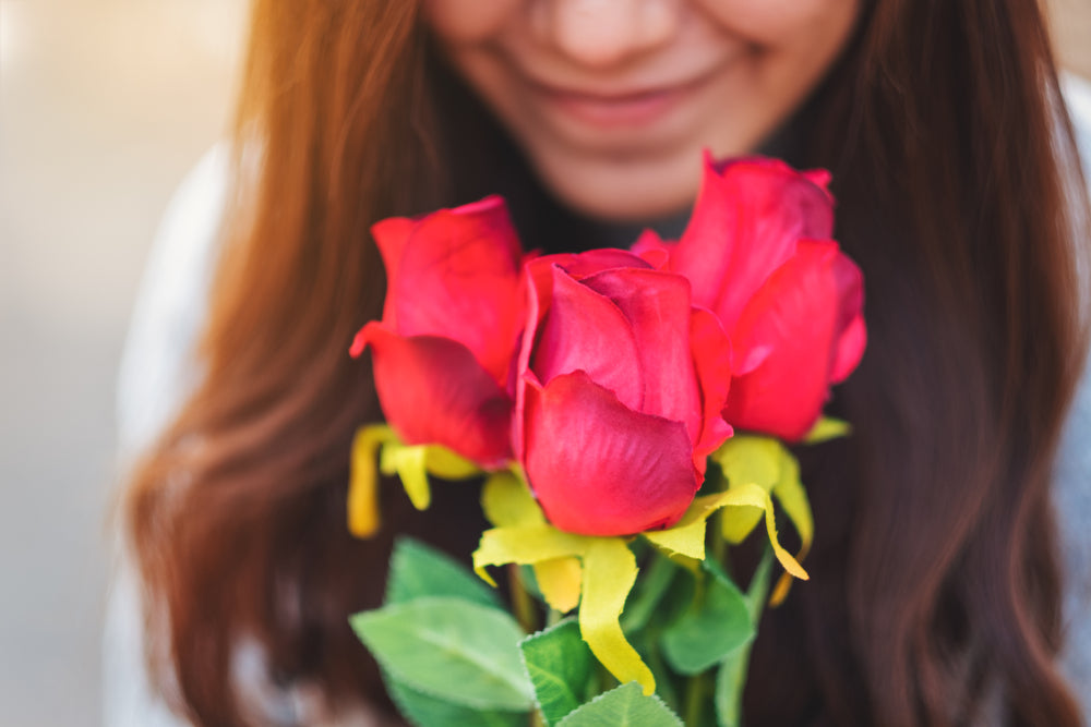Benefits of Sending Flowers to Someone Quarantined at Home in Singapore