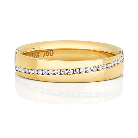 18CT GOLD CHANNEL SET DIAGONAL DIAMOND BAND