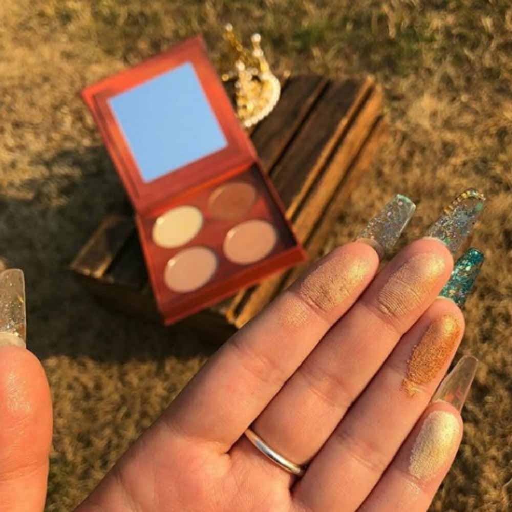 You Glow Girl Highlighter Palette
