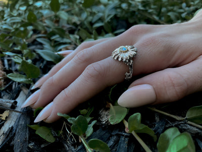 silver-moonstone-daisy-flower-ring-leaves