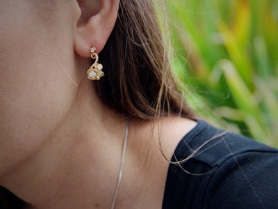 drop-earrings-wexford-jewelers-golden-rosepetal