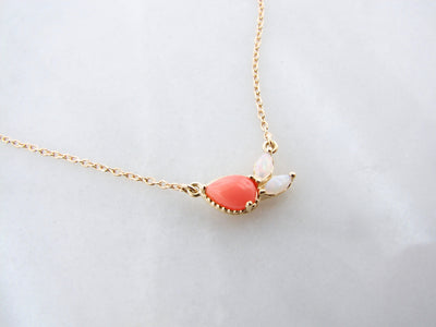 white-opal-pink-coral-yellow-gold-split-chain-necklace