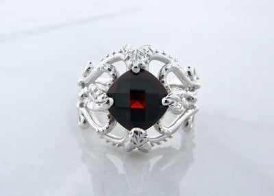 vintage-silver-cushon-cut-garnet-ring-wexford-jewelers