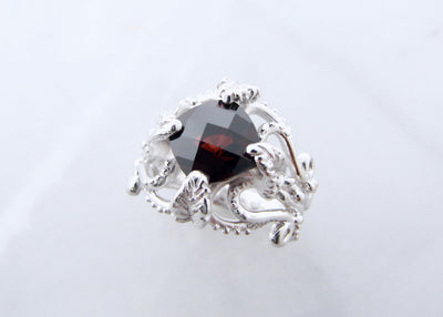garnet-silver-leafy-victorian-wexford-jewelers-ring