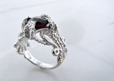 wexford-jewelers-silver-ring-wexford-garnet-ring