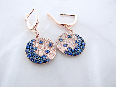 blue-sapphire-diamond-rose-gold-disc-earrings