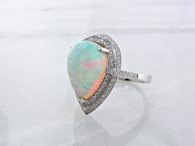 wexford-jewelers-opal-diamond-14K-diamond-ring
